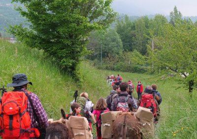 trekking-pisa-escursione-apiedi-famiglie-bambini-768x1024